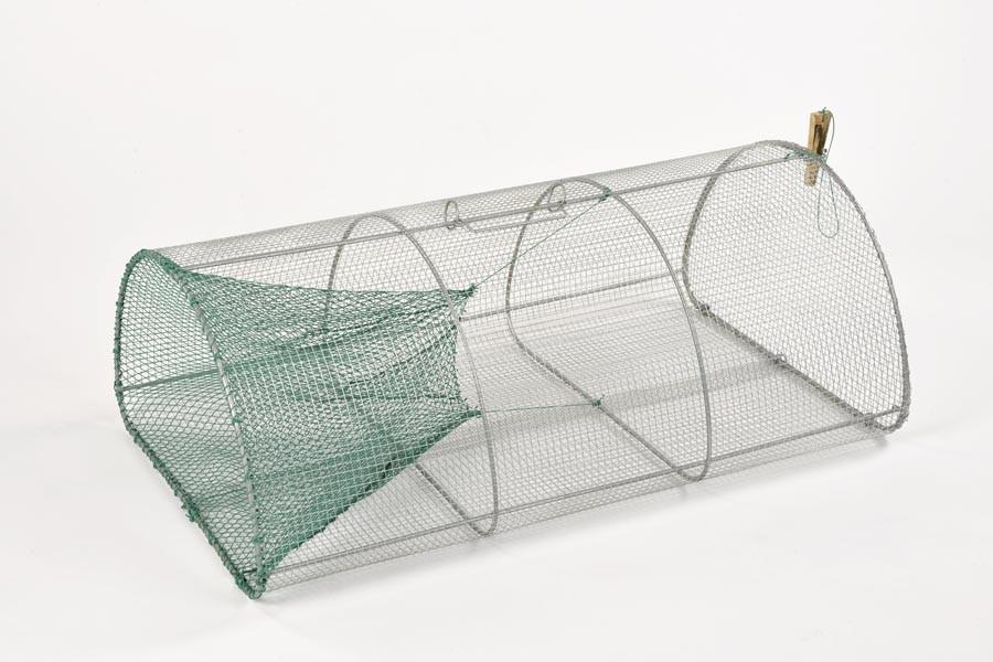 Drahtreuse mit Garnkehle, 155 cm Umfang, 100 cm lang, 10 mm Maschenweite.