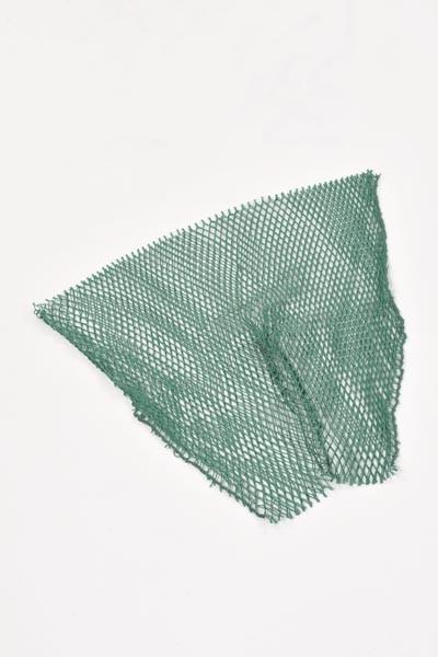 Ersatzeingänge aus Polyamid (Nylon) für die Drahtreuse, 12 mm Maschenweite.