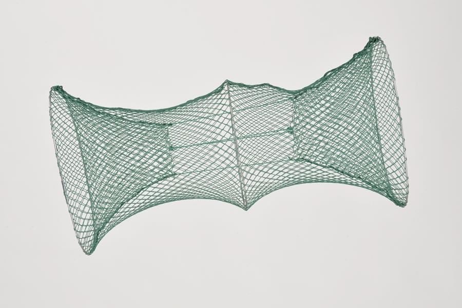 Krebsreuse 15 mm Maschenweite, 40 cm x 30 cm, mit 2 Eingängen.